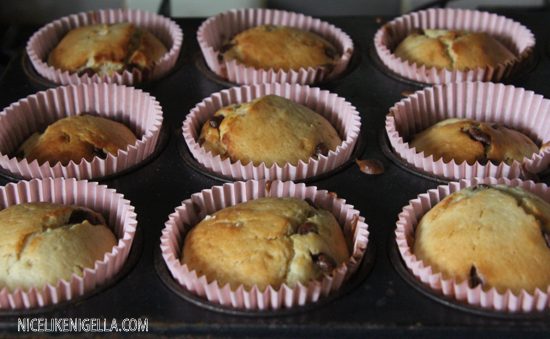 Low fat chocolate chip cupcakes
