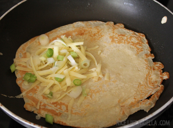 Breakfast pancake - cheese and spring onion